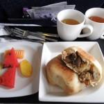 行き機内食2